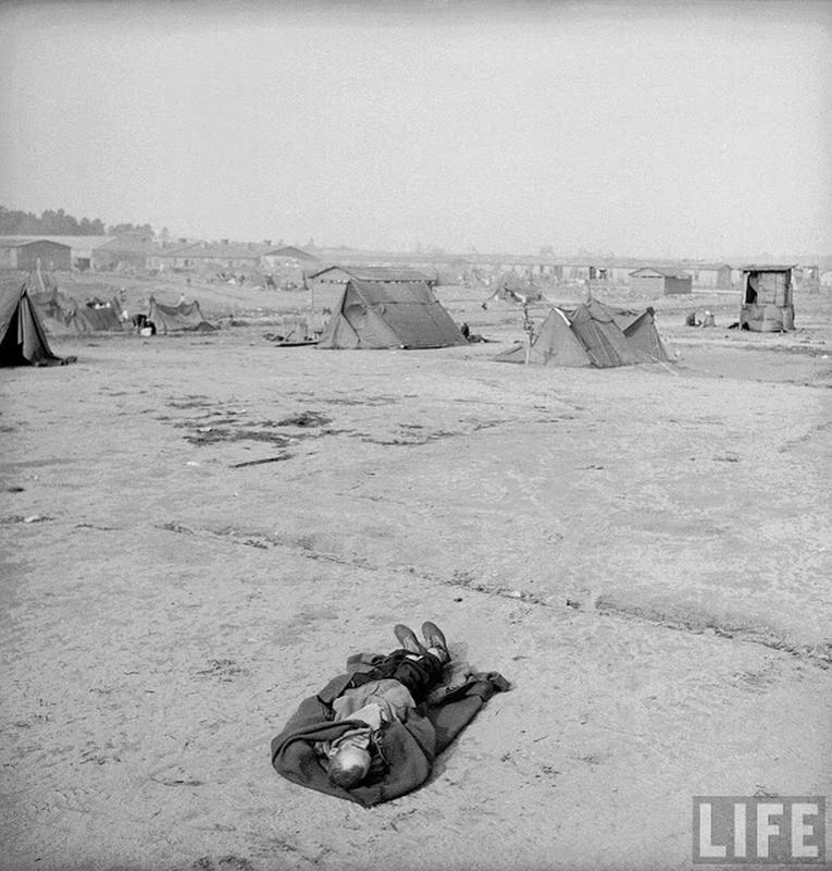 liberation-of-bergen-belsen-concentration-camp-21