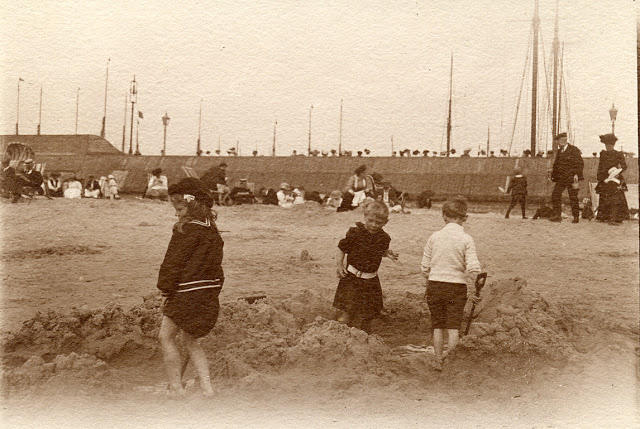Edwardian Children at Beach 2