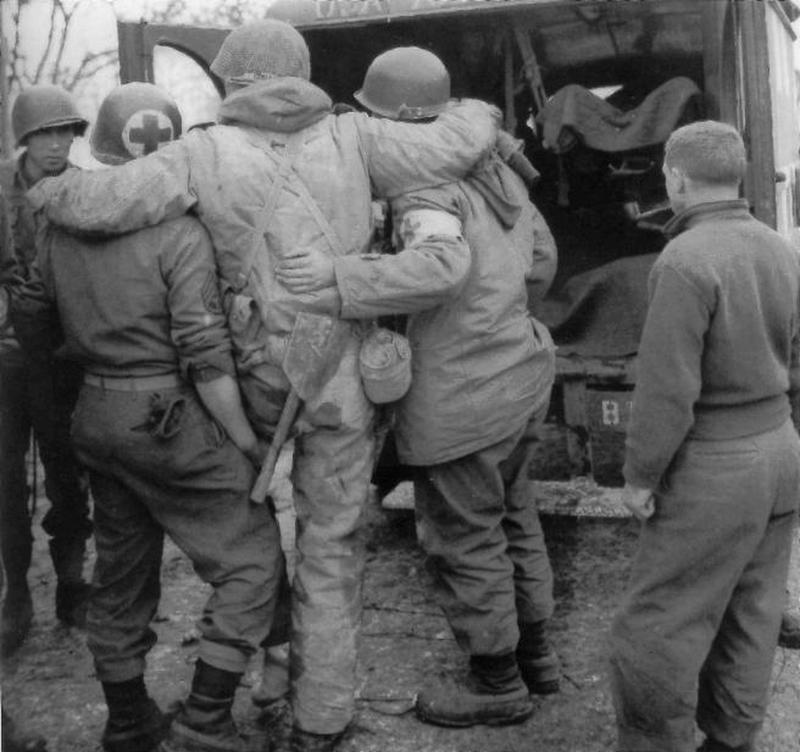 evacuation-of-the-wounded-2