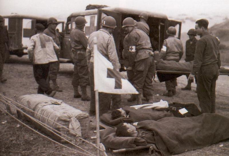 evacuation-of-the-wounded-18
