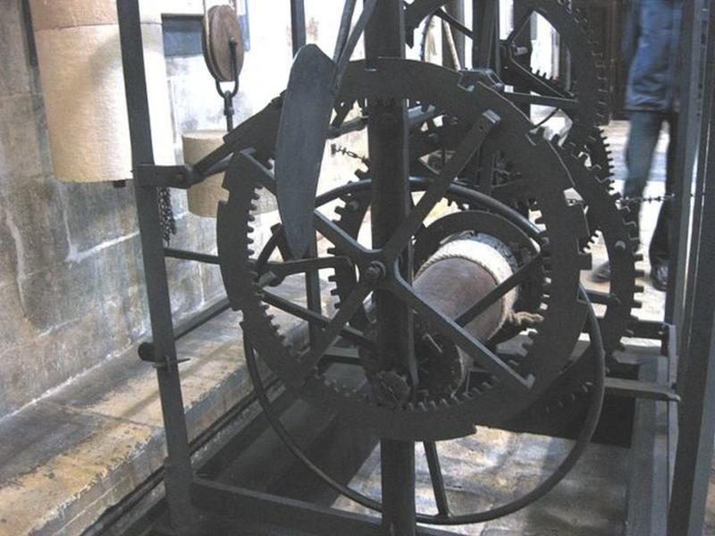 salisbury-cathedral-clock-2