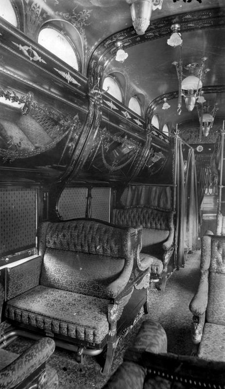 train-travel-1800s-2