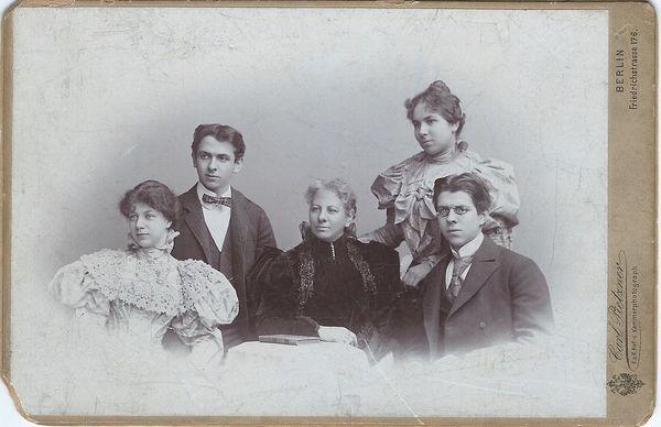 cabinet-cards