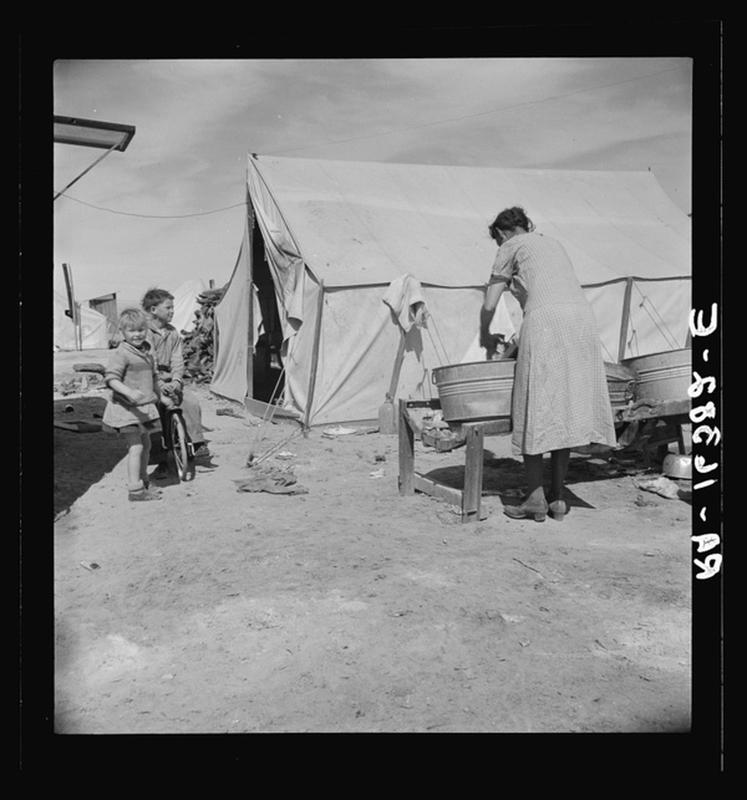 laundry-day1930s-11