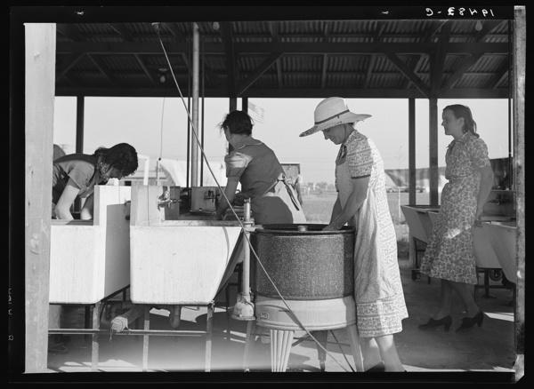 laundry-day1930s-10