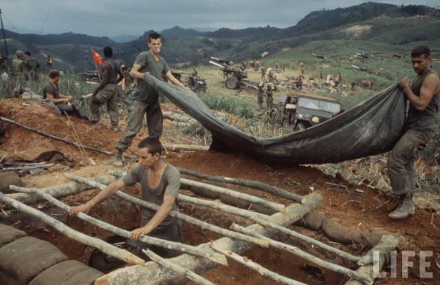 Larry-Burrows-Vietnam-war-photos-59