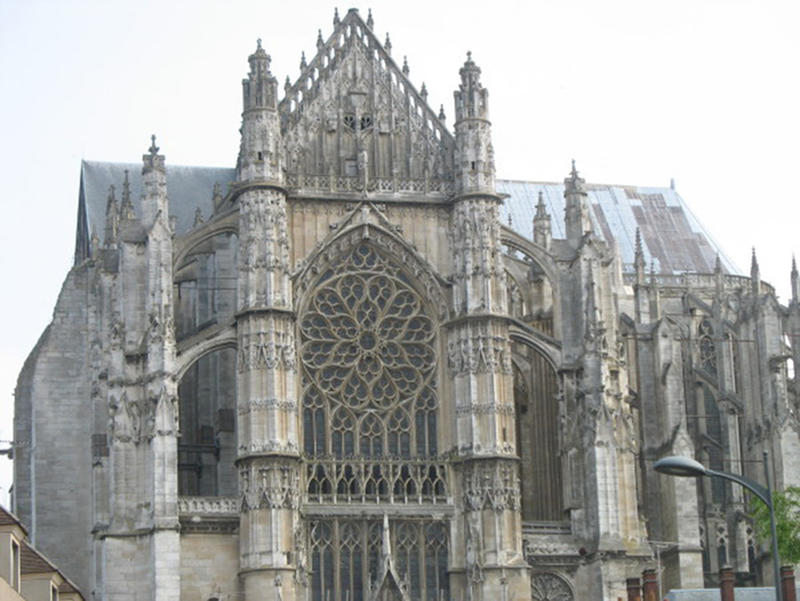 Cathedral of Saint Peter of Beauvais 2