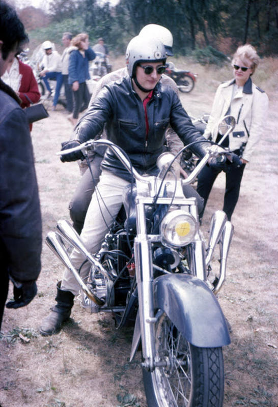 Classic Motorbikes in the 1950s-60s (28)