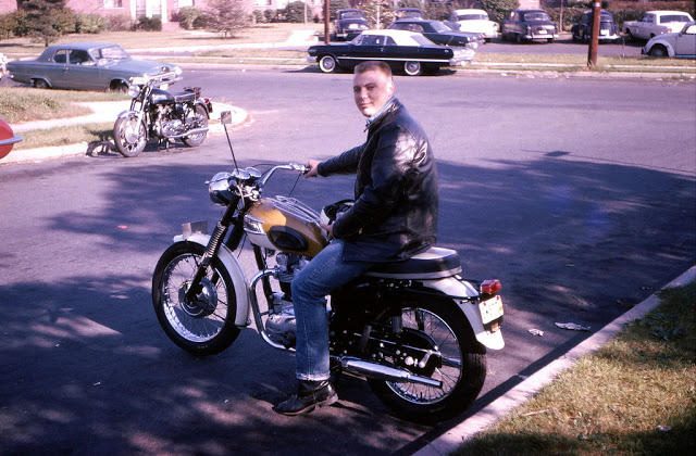 Classic Motorbikes in the 1950s-60s (8)