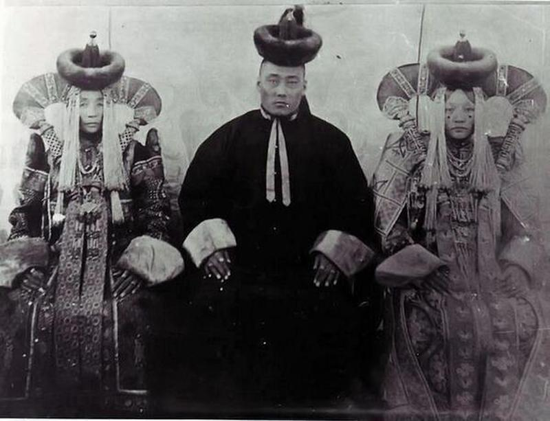 Mongolian Women in Their Traditional Costumes (22)