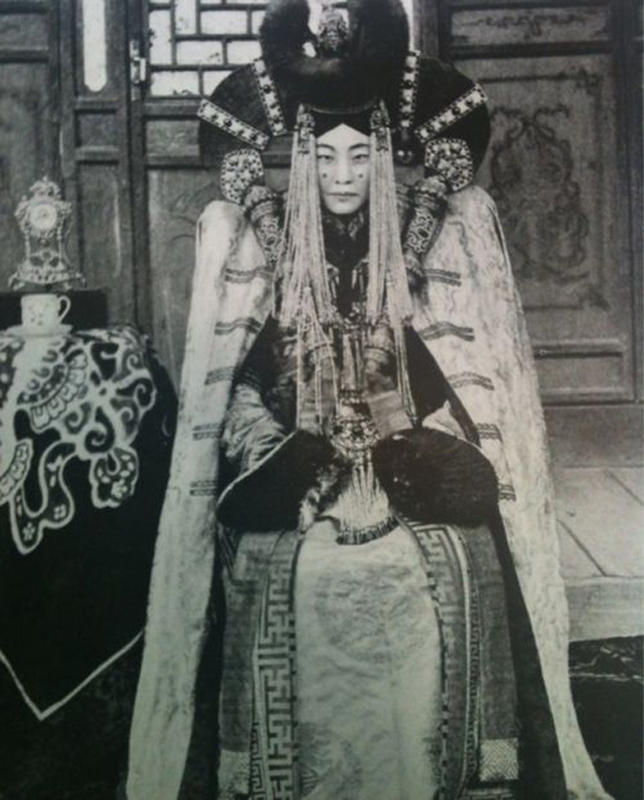 Mongolian Women in Their Traditional Costumes (21)
