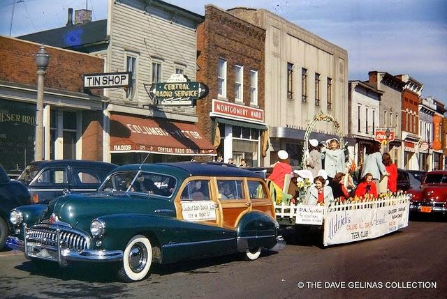 Streets of USA in the 1950s (2)