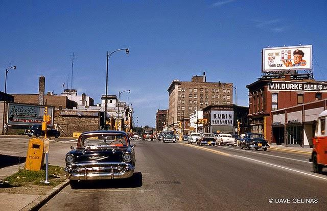 Streets of USA in the 1950s (24)