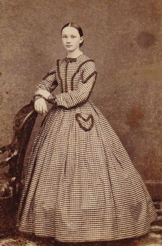 Victorian Teenage girs from the 1840s-90s (19)