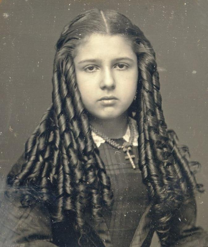 Victorian Teenage girs from the 1840s-90s (29)