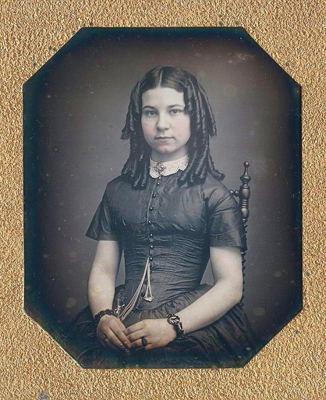 Victorian Teenage girs from the 1840s-90s (10)