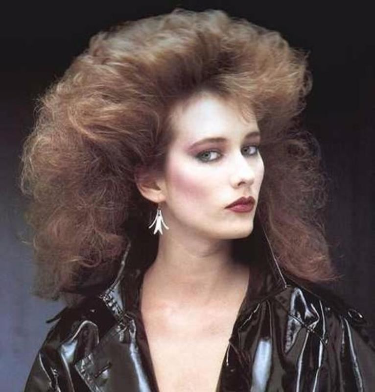 Women Rock Hairstyle in the 1980s (14)