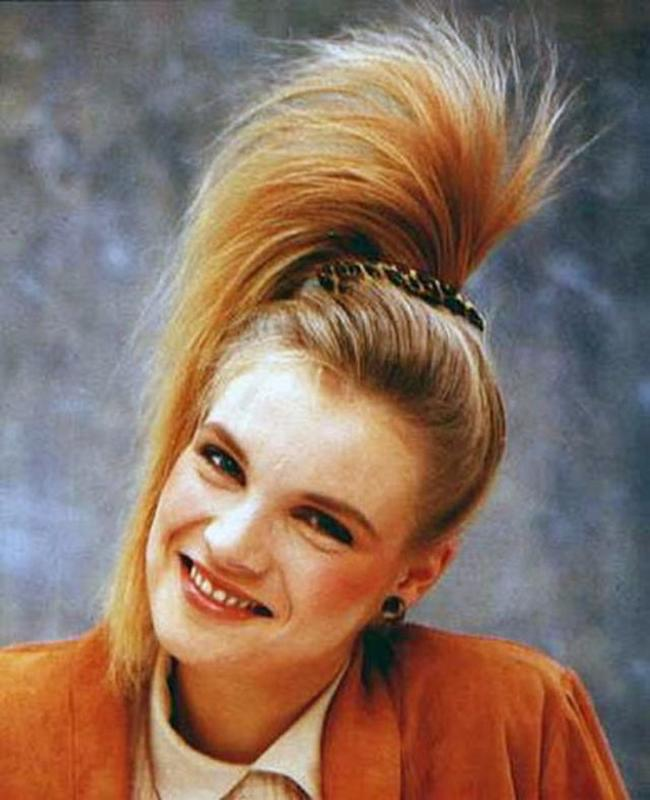 Women Rock Hairstyle in the 1980s (10)