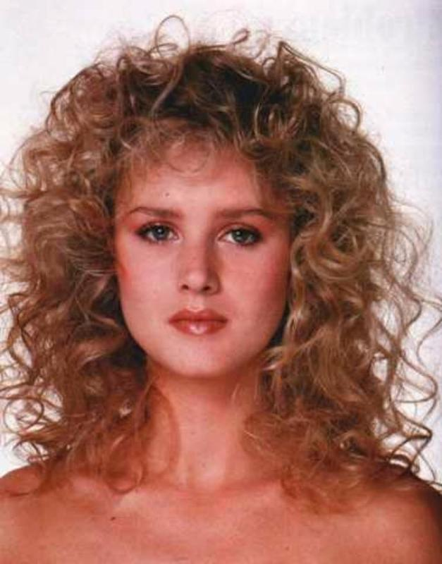 Women Rock Hairstyle in the 1980s (23)