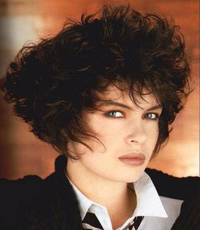 Women Rock Hairstyle in the 1980s (19)