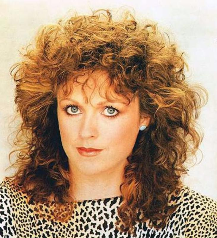 Women Rock Hairstyle in the 1980s (28)