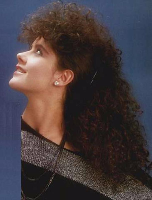 Women Rock Hairstyle in the 1980s (11)