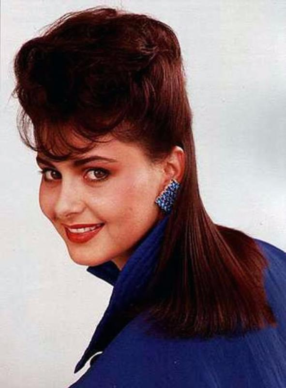 Women Rock Hairstyle in the 1980s (13)