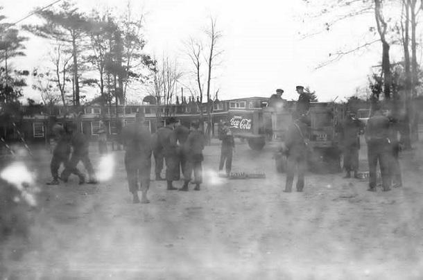 rescued film photos taken by WWII soldier (14)