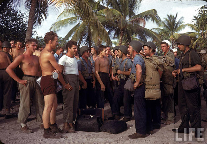 Soldiers-on-Tarawa-6