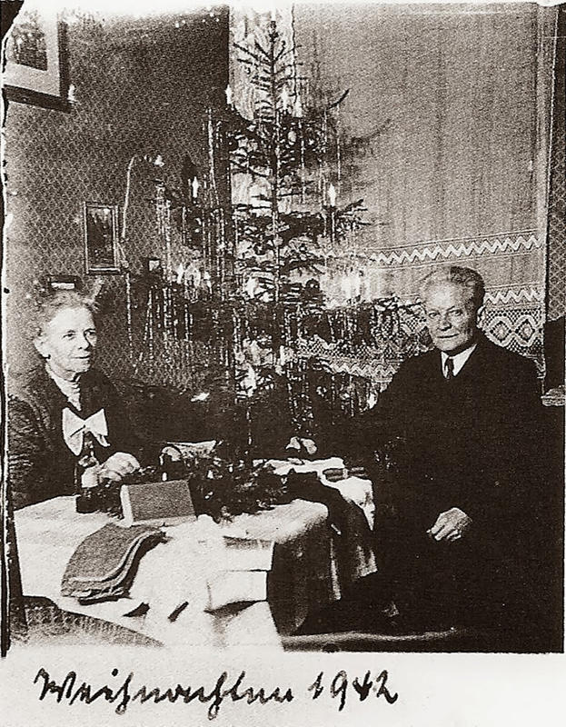 Anna-and-Richard-Wagner-(8)
